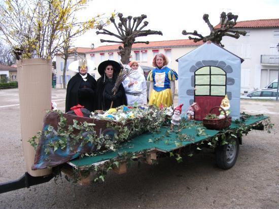 Carnaval 2011 - Le Char et les personnages